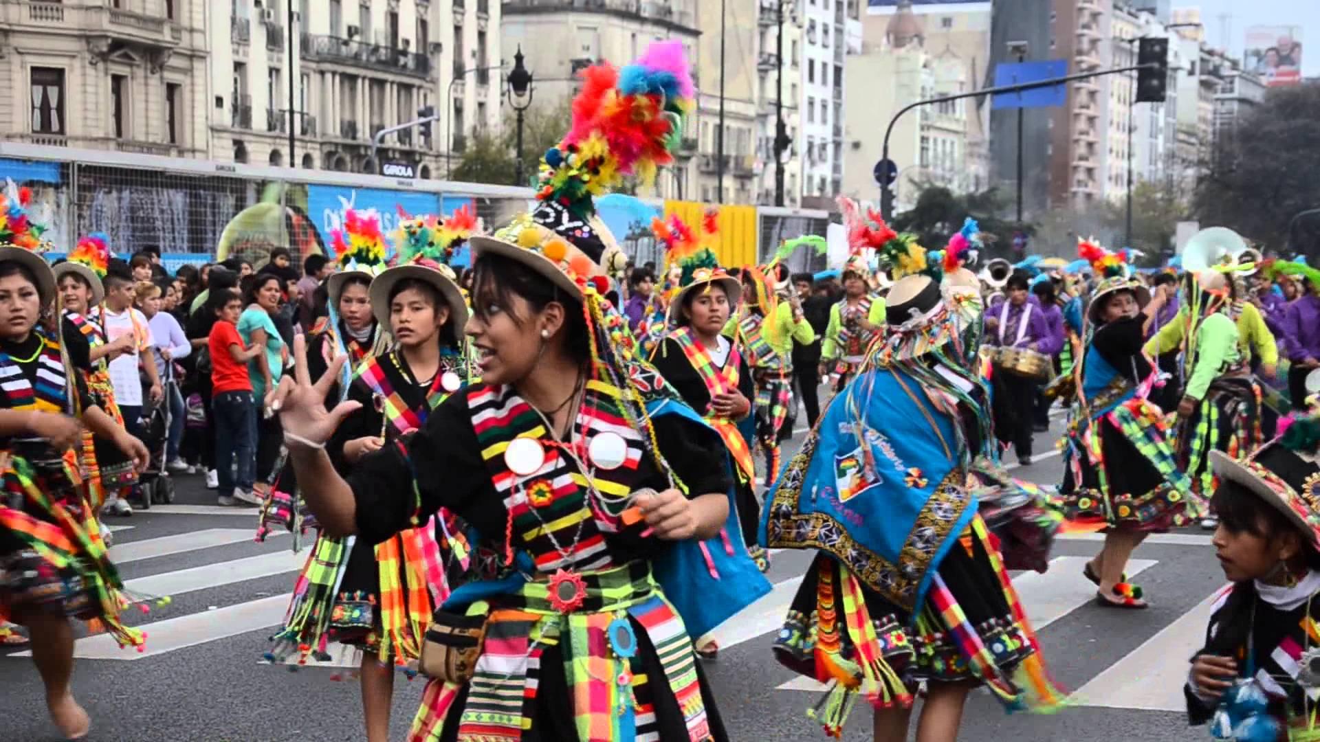 Buenos aires celebra cultura boliviana con danza Chimentos dela farandula argentina 2016