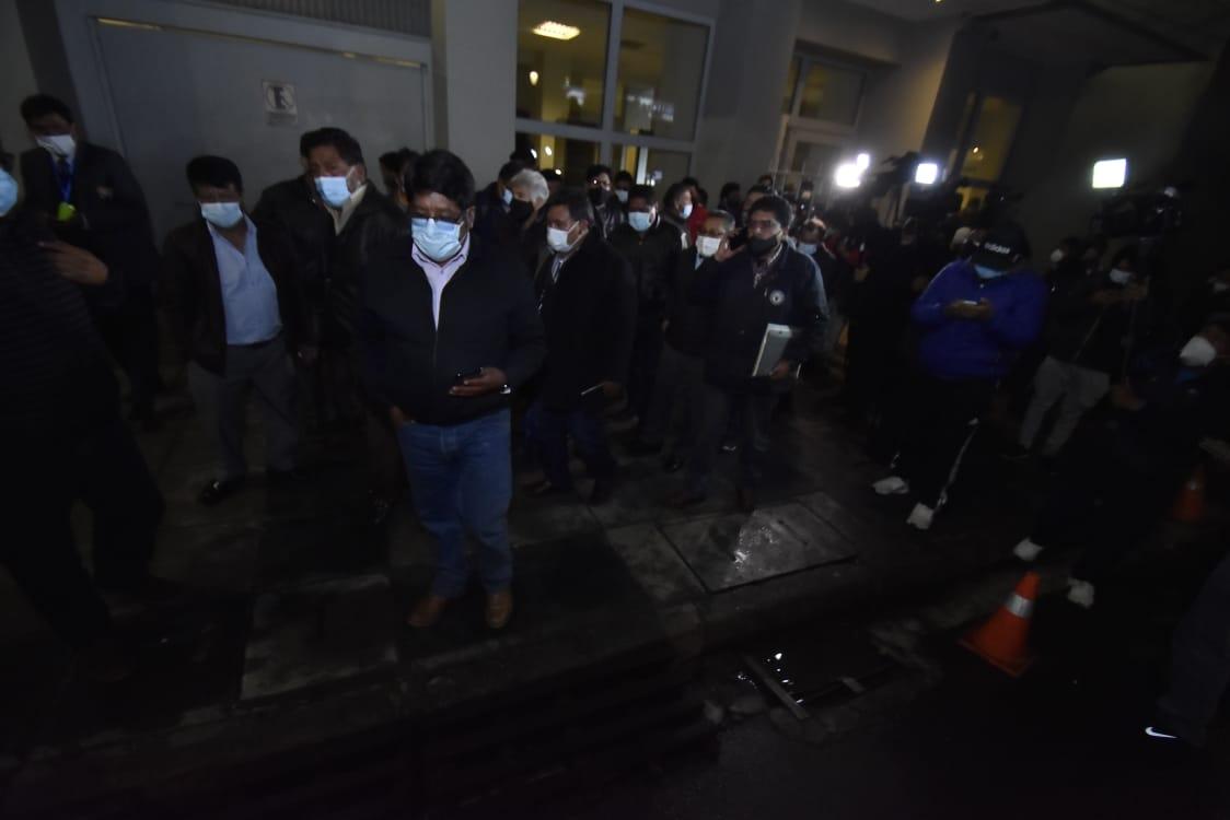 Confederación de Choferes rompe el diálogo con el Gobierno y ratifica su paro de 48 horas
