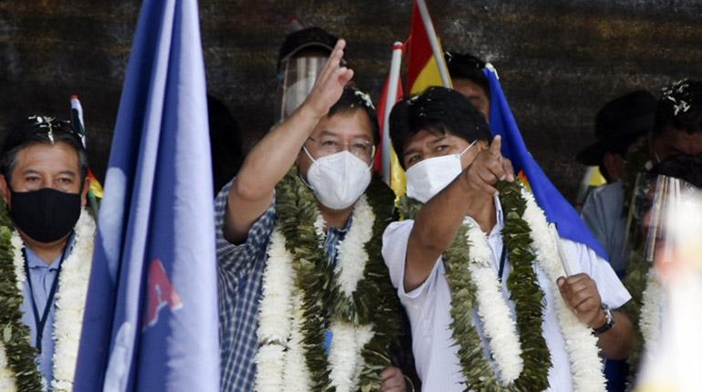 """MAS identifica a """"infiltrados"""" que """"conspiran"""" contra Evo y alista depuración"""