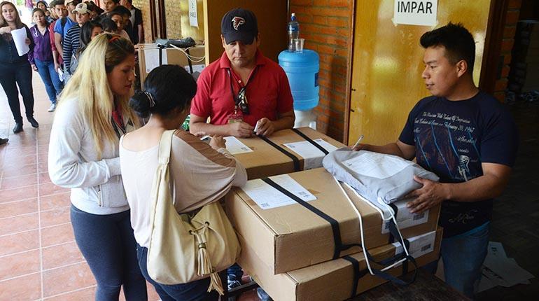 Evo Morales llama a votar en unas primarias inéditas — Bolivia