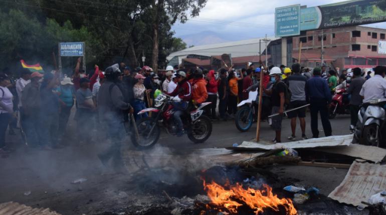 Opositores a Evo secuestraron, golpearon y pintaron a una alcaldesa — Bolivia