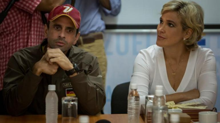 La precandidata presidencial ecuatoriana Cynthia Viteri fue detenida en Venezuela