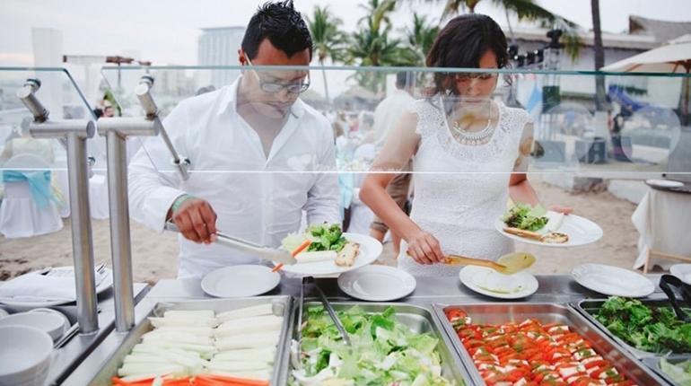 Cóctel, comida o buffet? | Los Tiempos