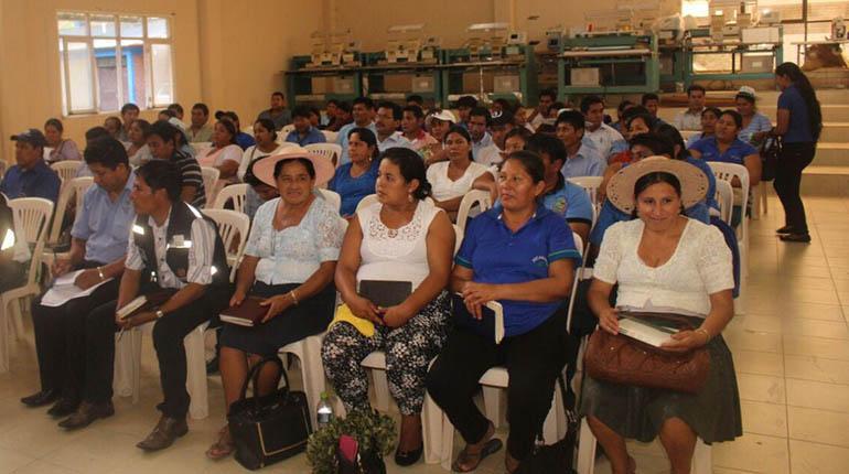 Cocaleros marchan el 26 de octubre en apoyo a la reelección