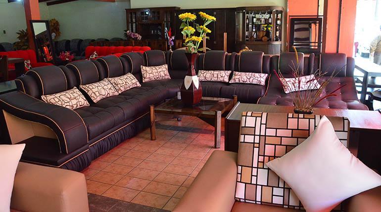 Hermosa Roble Muebles De Contactos De Tierras Foto - Muebles Para ...