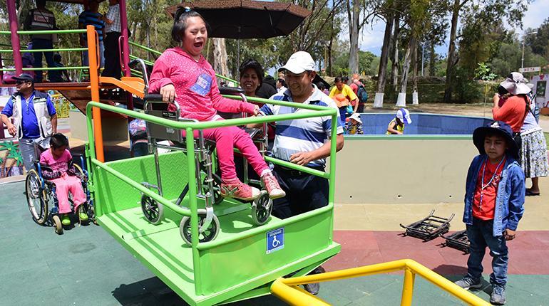Discapacitado en silla de ruedas - 5 5