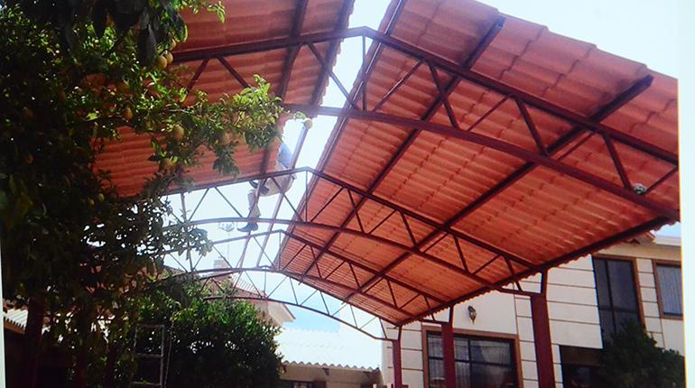 Proplastic trae tejas de pvc econ micas y ecol gicas for Plastico para tejados