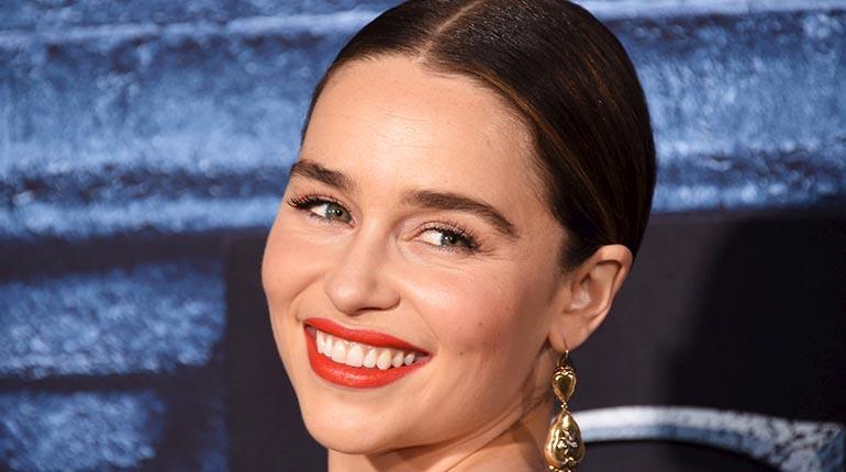 Emilia Clarke, mujer Dolce & Gabbana | Los Tiempos
