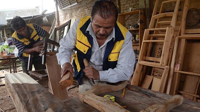 Una fábrica de muebles de madera de Cochabamba. | José Rocha