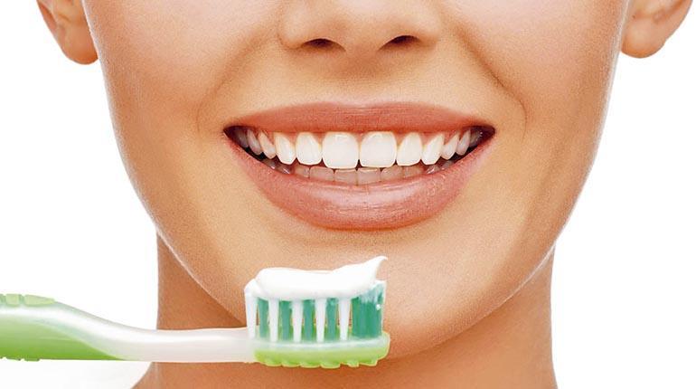 Cuidado dental en adultos  b0362cb7cac4