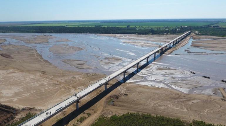 Santa cruz gobierno entrega el puente m s largo de for Donde queda santa cruz