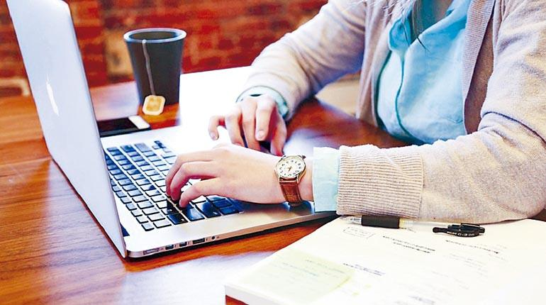 Las largas jornadas laborales podrían ser malas para tu corazón