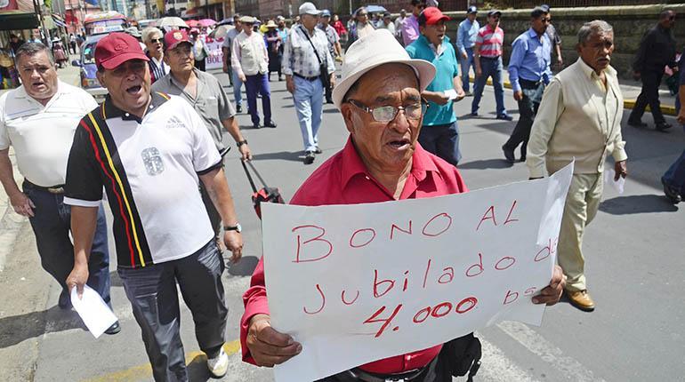 COD y fabriles ven retroceso del Gobierno en pago de 2do aguinaldo