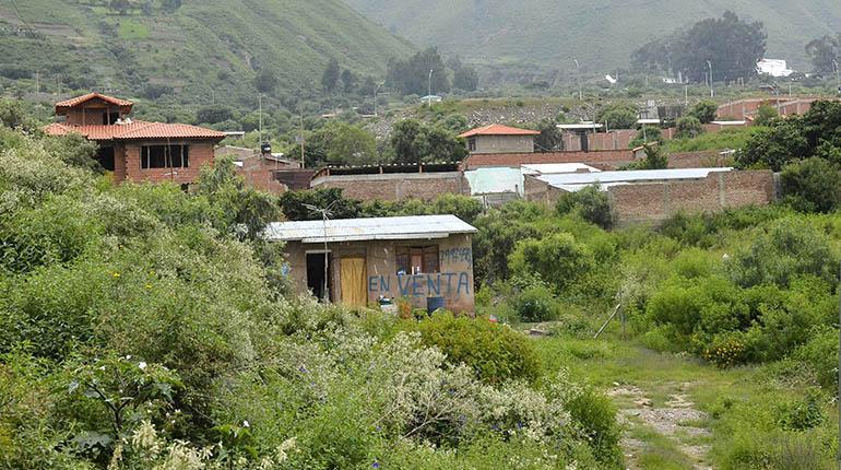 Construcciones dentro de la quebrada Anakawagresa Mayu (Chilimarca).   Ruben Rodriguez