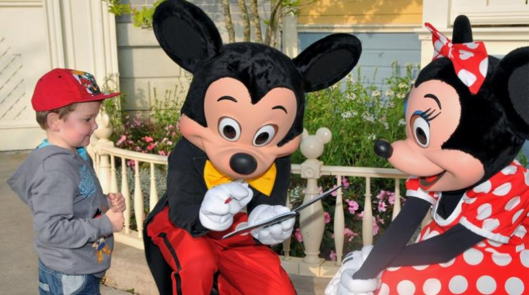 Mickey Mouse El Dibujo Animado Mas Famoso De Walt Disney Cumple