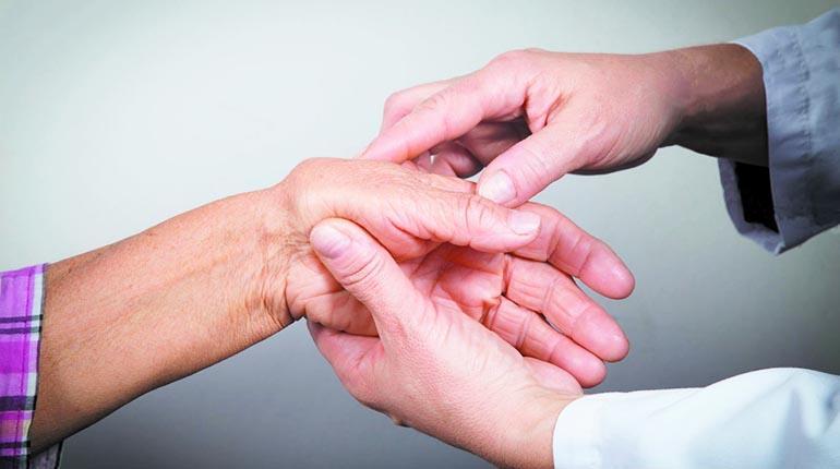 especialista en artritis reumatoide