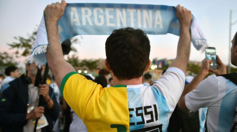 Brasileños y argentinos se retan ante el Mineirao apelando a
