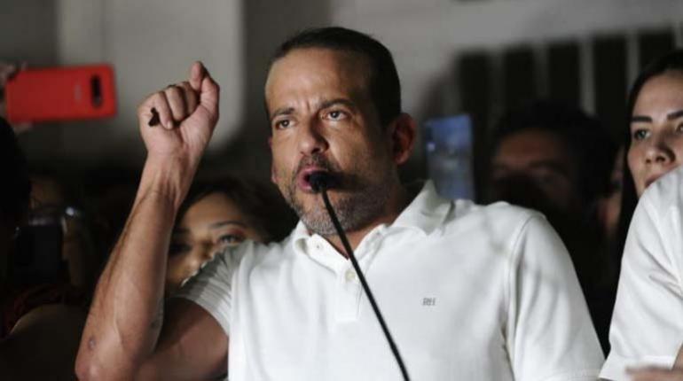 """Camacho exige al Gobierno dejar de dividir al país y a Luis Arce, ya no ser  """"títere de Evo""""   Los Tiempos"""